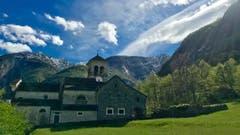 Wenigstens ist es im Süden der Schweiz sonnig - und wie! (Bild: Peter Bumbacher, Maggiatal, 28. April 2019)