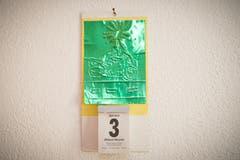 Selbst der Kalender ist in grüner Farbe gehalten. (Bild: Ralph Ribi)