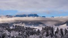 Der Säntis mit sehr viel Schnee im April. Aufgenommen vom Höhenweg Herisau aus. (Bild: Luciano Pau)