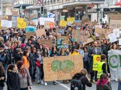 Macht am Röstigraben nicht halt: Klimademo in Genf. (Bild: KEYSTONE/MARTIAL TREZZINI)