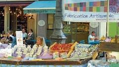 Markt auf der Place Richelme: ein bunter Spiegel der kulinarischen Vielfalt.