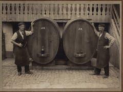 Küfermeister Alois Greter (links, 1890-1943) und Küfermeister Johann Greter (rechts, 1861-1928). (Bild: Alois Greter, Luzern)