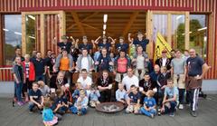 Ein Gruppenfoto der Schwingerfamilie. (Bild: Schwingklub Rothenburg)