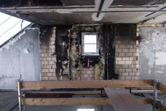 Die Spuren des Feuers sind in den oberen Etagen noch gut sichtbar. (Bild: Boris Bürgisser, 1. Mai 2019)
