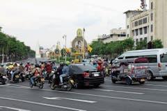 Hektik in den Strassen von Bangkok.