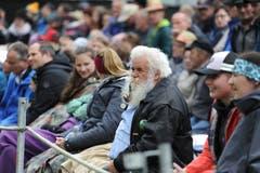 Zuschauer verfolgten die Wettkämpfe interessiert. (Bild: Urs Hanhart, Bürglen, 12. Mai 2019)