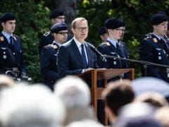 Die Berliner werden die Hilfe, die sie erhalten haben, niemals vergessen, sagte der Regierender Bürgermeister Michael Müller. (Bild: KEYSTONE/EPA/OMER MESSINGER)