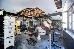 Über dem Kosmetik- und Coiffeurladen Baettig in der Multergasse St. Gallen ist ein Boilder geplatzt. Das ganze Geschäft stand unter Wasser und muss nun komplett renoviert werden. (Bilder: Urs Bucher