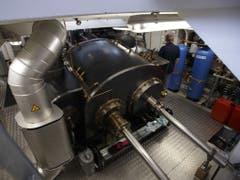 Die Maschine der «Neuchâtel» stammt ursprünglich vom Dampfschiff «Ludwig Fessler», das auf dem bayerischen Chiemsee verkehrt. 1973 wurde dieses Schiff auf diesel-hydraulischem Antrieb umgebaut, und die Maschine wurde sorgfältig ausgebaut. (Bild: Keystone/SALVATORE DI NOLFI)