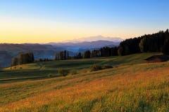 Wolkenlose Morgenstimmung mit Blick auf den Säntis. (Bild: Roland Hof)