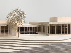 Detailansicht der Gebäudenische mit dem beheizten Aussenbecken. (Quelle: Architekturbüro Andy Senn)