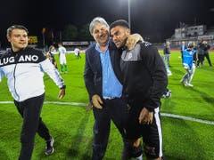 Präsident Angelo Renzetti und Carlinhos freuen sich über den Sieg gegen St. Gallen, der Lugano auf Europa-League-Kurs bringt (Bild: KEYSTONE/TI-PRESS/SAMUEL GOLAY)