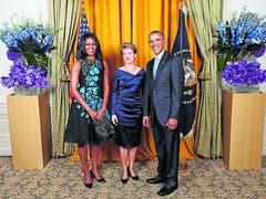 Simonetta Sommaruga zwischen Barack und Michelle Obama am Rande der UNO-Generalversammlung in New York im Jahr 2015. «Beim nächsten Besuch ziehe ich Schuhe mit höheren Absätzen an», sagte die damalige Bundespräsidentin.