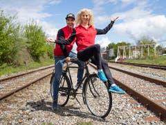 Nino Schurter und Jolanda Neff starten bestens gelaunt in die Weltcupsaison (Bild: KEYSTONE/PETER KLAUNZER)