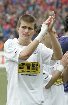 Der enttäuschte Claudio Lustenberger nach der Cupfinal-Niederlage gegen den FC Basel. (Bild: Philipp Schmidli. 28. Mai 2007)