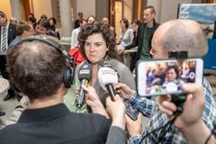 Korintha Bärtsch wird interviewt. (Bild: Urs Flüeler / Keystone