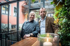 Der Koch Jochen Fecht und Service-Chef Thomas Haist führen gemeinsam das Restaurant San Martino. (Bild: Andrea Stalder)