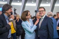 Ständerat Beni Würth mit Susanne Vincenz-Stauffacher und Paul Rechsteiner. (links) Bild: Michel Canonica