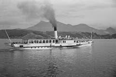 Die «Rigi» um 1938. Ihre letzte Fahrt hatte sie nach 105 Jahren auf dem See im Mai 1952. (Bild: Karl Manz/ Aura)