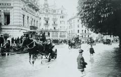 (Bild: Stadtarchiv Luzern/ F2a/NATUREREIGNISSE/19.XII:02)