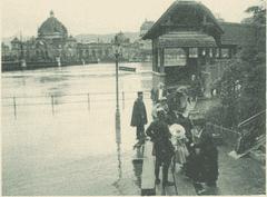 Die Kapellbrücke und der Bahnhof. (Bild: Staatsarchiv Luzern/ AKT 47_2565.1c)