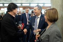 Bundesrat Iganzio Cassis und Barbara Frei-Grimm (FDP) (v.l.). (Bild: Ralph Ribi)