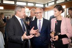 Der Ausserrhoder Regierungsrat Alfred Stricker und der St.Galler Regierungsrat Stefan Kölliker mit Ehefrau. (Bild: Ralph Ribi)