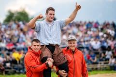 Armon Orlik gewinnt das Ob- und Nidwaldner Kantonalschwingfest in Oberdorf. (Bild: Philipp Schmidli, Oberdorf, 26. Mai 2019)