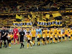 Gelbschwarze Feststimmung natürlich auch im Stade de Suisse (Bild: KEYSTONE/ANTHONY ANEX)