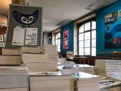 Seine Cover für den dtv-Verlag haben Celestino Piatti weiträumig bekannt gemacht - in Basel sind einige in der Werkschau zu sehen. (Bild: Basil Huwyler, Stauffenegger + Partner AG, Basel)