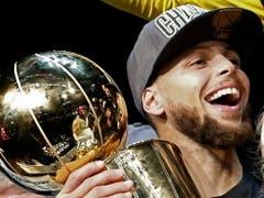 Von Golden States Stephen Curry werden auch in diesem NBA-Final Grosstaten erwartet (Bild: KEYSTONE/EPA/LARRY W. SMITH)