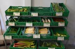 In vielen Hofläden gibt es frisches Gemüse und Früchte aus eigenem Anbau.