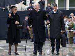 Der spanische Altkönig Juan Carlos zusammen mit Altkönigin Sofia. (Bild: Keystone/EPA/JULIEN WARNAND)