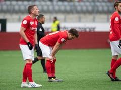 Die in der Liga seit Mitte Februar sieglosen Thuner Cupfinalisten müssen sich aufrappeln (Bild: KEYSTONE/PETER SCHNEIDER)