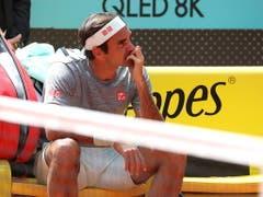 Der Maestro während einer Trainingspause in Madrid - in Gedanken versunken (Bild: KEYSTONE/EPA EFE/KIKO HUESCA)