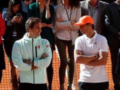 Federer und Rafael Nadal können sich in Madrid erst im Final begegnen (Bild: KEYSTONE/EPA EFE/CHEMA MOYA)