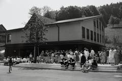 Die Einweihung der neuen Schulanlage 1988. (Bild: Gemeindearchiv Mauensee)