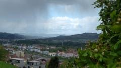 Aprilwetter im Mai: kurz vor einem Regenschauer über St. Gallen. (Bild: Franz Häusler)