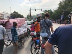 Auf einer Bike-Tour durch die Megastadt.