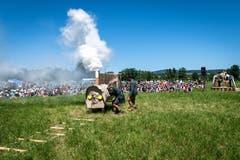 Die Leiter starten zur Eröffnung des Lagers die Lokomotive. (Bild: Christian H. Hildebrand, Hagendorn, 8. Juni 2019)