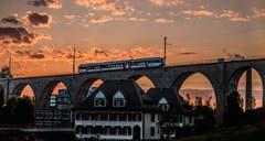 Abendstimmung beim Glatttal-Viadukt Herisau und die SOB. (Bild: Luciano Pau)