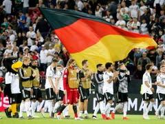 Ein Fussballfest feierte die deutsche Nationalmannschaft in Mainz beim 8:0 über Estland (Bild: KEYSTONE/EPA/ARMANDO BABANI)