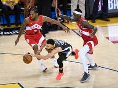 Stephen Curry gerät im entscheidenden Finalspiel gegen Toronto aus dem Tritt (Bild: KEYSTONE/AP The Canadian Press/FRANK GUNN)