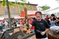 Bei den Argentiniern gibt es Wurst, Fleisch und gute Laune. (Bild: Donato Caspari)