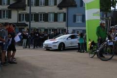 Der Tesla Model 3 ist eines der schnellsten Elektroautos.