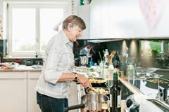 In der Küche von Beatrice Sandmeier. (Bild: Sandra Ardizzone)
