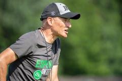 Auch im Training engagiert dabei: Trainer Peter Zeidler. (Bild: Urs Bucher)