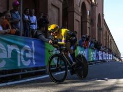Primoz Roglic rückte im abschliessenden Zeitfahren auf Kosten von Mikel Landa auf Platz 3 der Gesamtwertung (Bild: KEYSTONE/EPA ANSA/ALESSANDRO DI MEO)