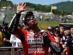 Erster GP-Sieg - und dies ausgerechnet in der Heimat: der Italiener Danilo Petrucci (Bild: KEYSTONE/EPA ANSA/CLAUDIO GIOVANNINI)