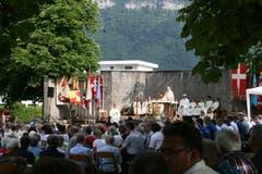 Der stimmungsvolle Gottesdienst wird im Ring zu Wil abgehalten. (Bild: Sepp Odermatt, Oberdorf, 20. Juni 2019)